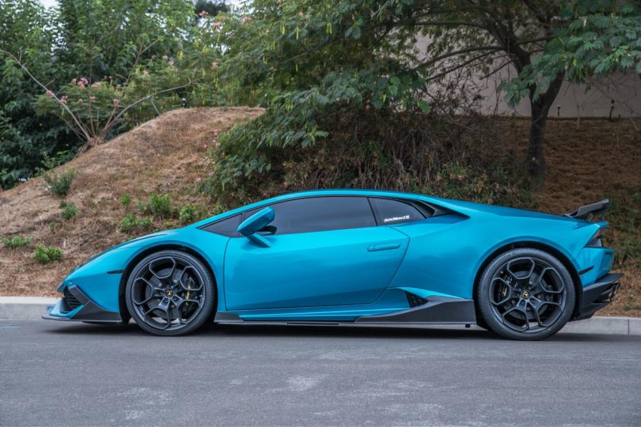 Just wrapped My Huracan and Put a Kit on it-img_0613-jpg