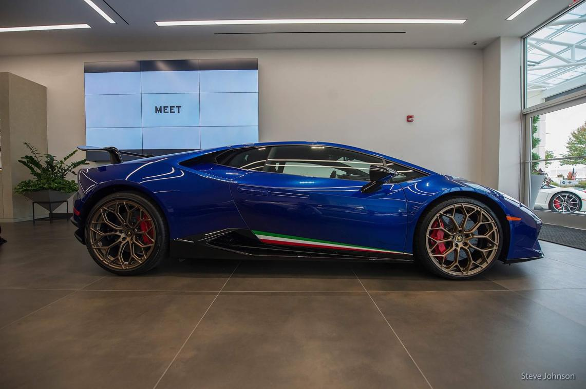 2018 HURACAN Performante for sale-img_1185-jpg