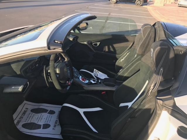 Selling 1st Supercharged Performante' Spyder-interior-1-jpg