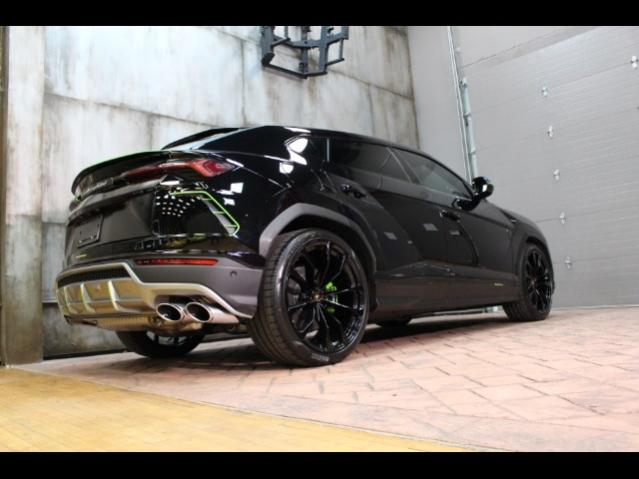 Selling a Lamborghini Urus-interstateurus4-jpg