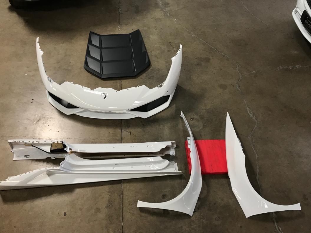 FS: Lamborghini Huracan LP610-4 Body Panels in Bianco Monocerus-39828807382_1d9ca70320_o-jpg